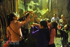 Hà Nội: Dừng tất cả hoạt động lễ hội và không đón khách tại lễ hội Chùa Hương