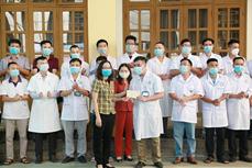 Yên Bái cử bác sĩ, nhân viên y tế hỗ trợ tỉnh Bắc Ninh chống dịch COVID-19