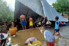 Lốc xoáy gây thiệt hại lớn về tài sản của người dân ở vùng cao Phước Bình