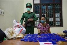 Bắt đối tượng Lò Thị Thanh mua bán trái phép 12.000 viên ma tuý tổng hợp