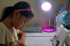 Nghệ An hỗ trợ thiết bị học trực tuyến cho học sinh khó khăn