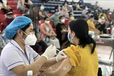 Dịch COVID-19: Ngày 25/9 ghi nhận 9.706 ca nhiễm mới, 10.590 ca khỏi bệnh