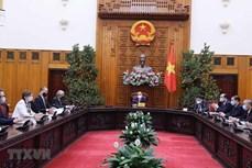 越南政府总理阮春福会见联合国驻越大使和代表