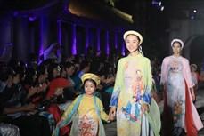 """Đặc sắc đêm trình diễn """"Áo dài – Di sản văn hóa Việt Nam"""""""