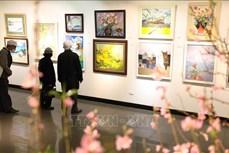 """Trưng bày 167 tác phẩm trong triển lãm mỹ thuật """"Mừng Đảng, mừng Xuân Tân Sửu"""""""