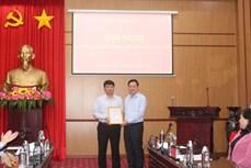 Công bố Nghị quyết về phê chuẩn ông Nông Quang Nhất giữ chức vụ Phó Chủ tịch Hội đồng nhân dân tỉnh Bắc Kạn