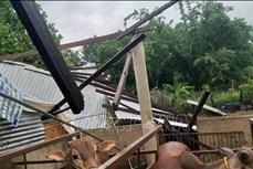 Huyện Ea Súp khẩn trương hỗ trợ người dân khắc phục hậu quả lốc xoáy