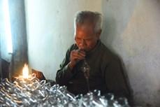 """Người dân Thống Nhất giữ """"lửa"""" nghề thổi thủy tinh truyền thống nơi đô thành"""