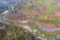Tiềm ẩn nguy cơ mất an toàn giao thông trên Quốc lộ 6 qua tỉnh Sơn La