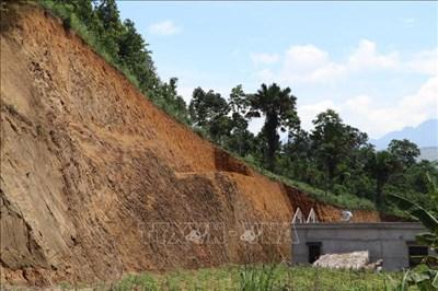 Nhiều khó khăn, vướng mắc về di dân khỏi vùng sạt lở đất ở Yên Bái