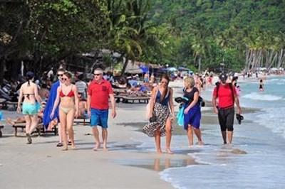 Đảm bảo an toàn sức khỏe người dân khi đón khách quốc tế đến Phú Quốc