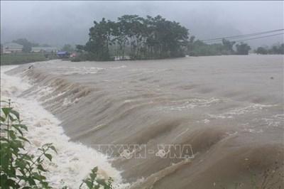 Nghệ An: Mưa lũ gây thiệt hại lớn, làm một người mất tích