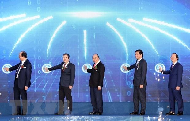 越南政府总理阮春福出席太平省经济区首个重要项目的开工仪式 hinh anh 1
