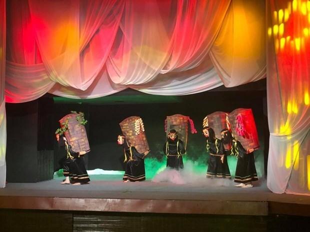 """通过""""月亮 """"试验木偶戏体验越南文化 hinh anh 2"""