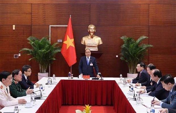 越南政府总理阮春福:采取有力的财政措施 全力以赴抗击疫情 hinh anh 2