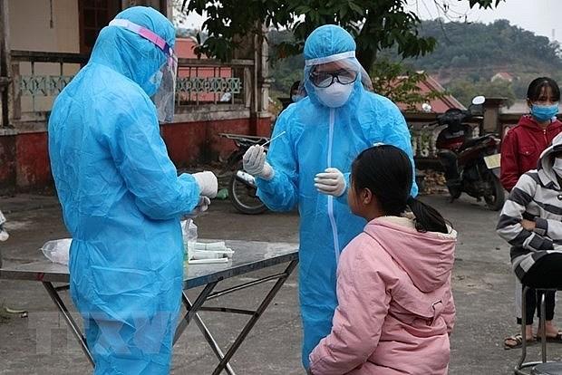 2月1日上午越南新增2例新冠肺炎确诊病例 均在河内市 hinh anh 1