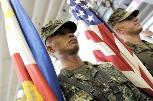 菲律宾希望尽早与美方化解访问部队协议分歧 hinh anh 1