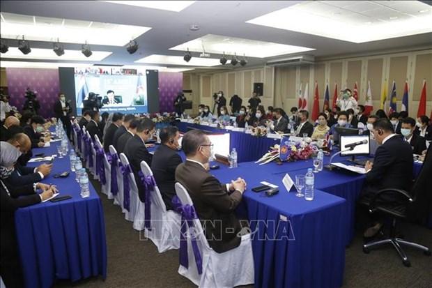 数字化转型:东盟信息部长深入讨论数字技术共同体 hinh anh 1