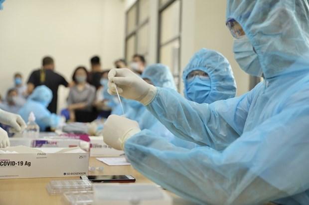 新冠肺炎疫情:19日上午无新增病例 118例新冠病毒检测结果为阴性 hinh anh 1