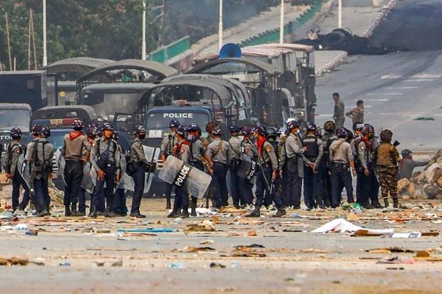越南与联合国安理会:加强对话与和解,为解决缅甸问题寻求措施 hinh anh 1