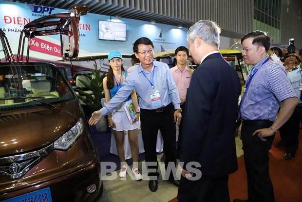 2021年第17届越南国际汽摩及电动车、自行车展览会共设300多间展位 hinh anh 2