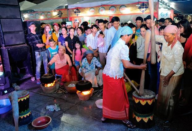 南部地区高棉族丰富多样的文化旅游产品 hinh anh 7