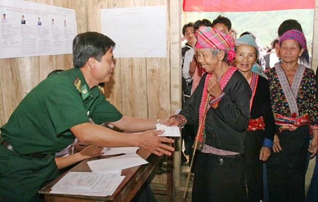山区与少数民族地区国会换届选举氛围 (资料图片) hinh anh 3