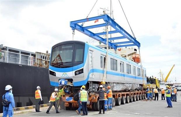 胡志明市地铁一号线新增两列列车 hinh anh 1