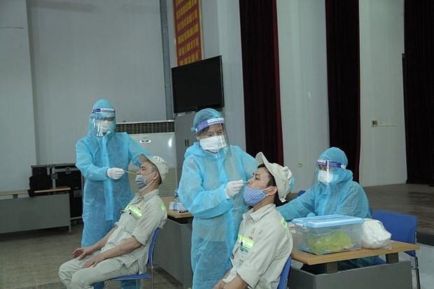新冠肺炎疫情:认真核查工业区、经济区劳动人员入境活动 hinh anh 1