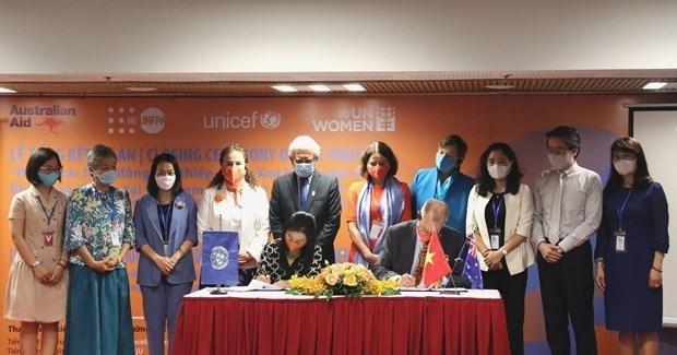 澳大利亚向越南提供1690亿越盾的援助 助力越南消除对妇女和儿童的暴力 hinh anh 2