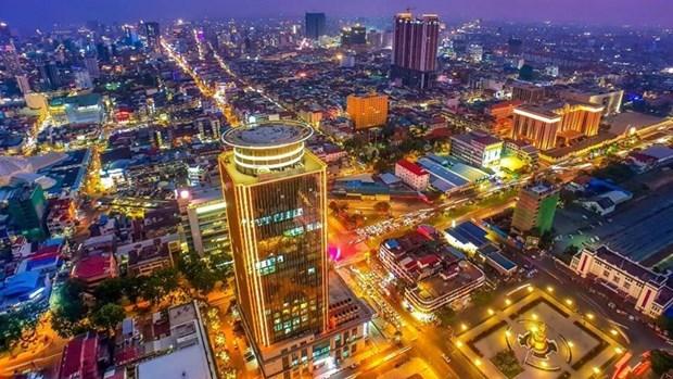 亚行:2022年柬埔寨经济将快速增长 hinh anh 1