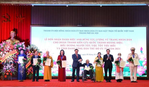 "Nghe nhan uu tu Phan Thi Thuan duoc vinh danh ""Cong dan Thu do uu tu"" nam 2021 hinh anh 1"