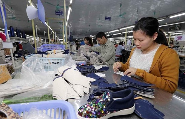 越南对美国鞋类出口增长10% hinh anh 1