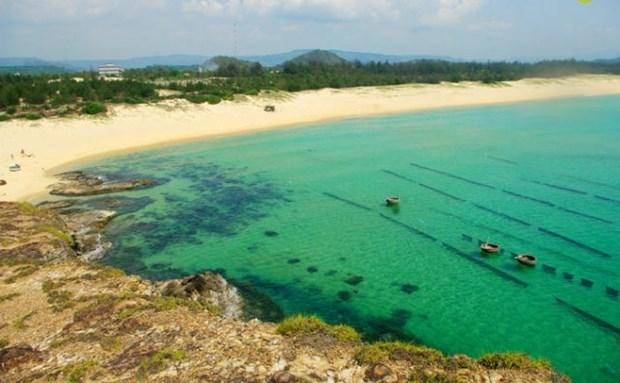 """越南旅游:独特的燕礁——""""地上水宫"""" hinh anh 3"""