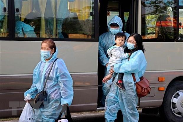 日本媒体称赞越南、新加坡和中国台湾的防疫工作 hinh anh 1