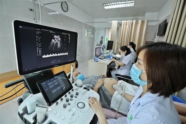 联合国人口基金向越南提供64台胎儿心脏监护仪和大量个人防护设备的援助 hinh anh 1