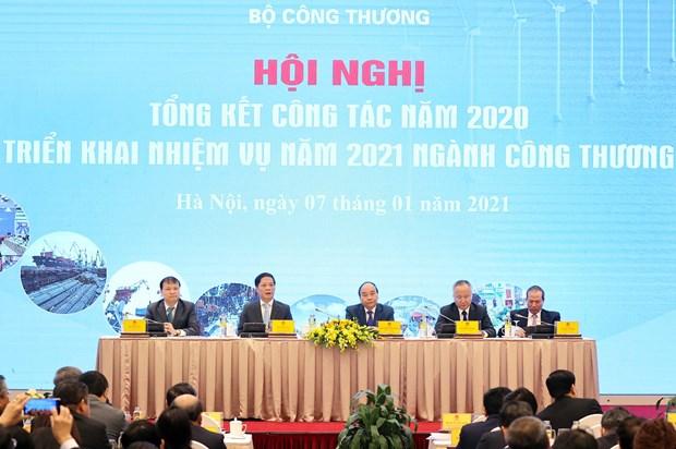 政府总理阮春福:在生产经营活动中创造更好的环境 hinh anh 1