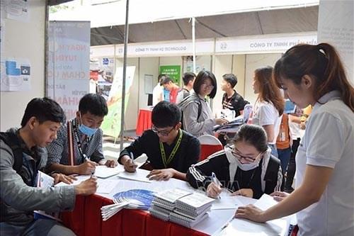 2021年第二季度胡志明市需招聘7万名员工 hinh anh 1