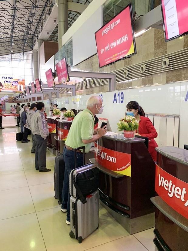 越捷开通从岘港、清化、芽庄、大叻和荣市飞往富国的5条新航线 hinh anh 2