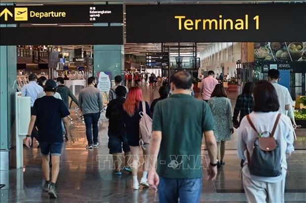 新冠肺炎疫情:马来西亚在开斋节前收紧旅行管控措施 hinh anh 1