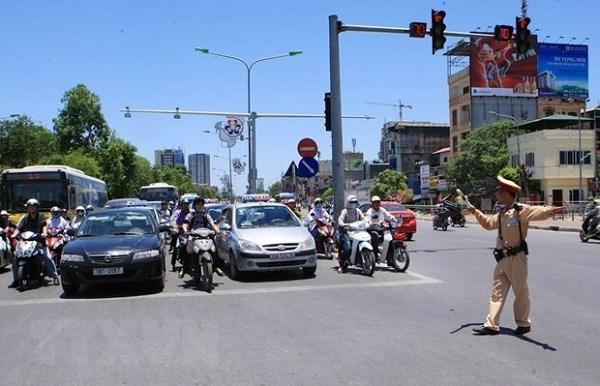 政府总理有关确保4·30南方解放日和5·1国际劳动节期间交通安全的通知 hinh anh 1