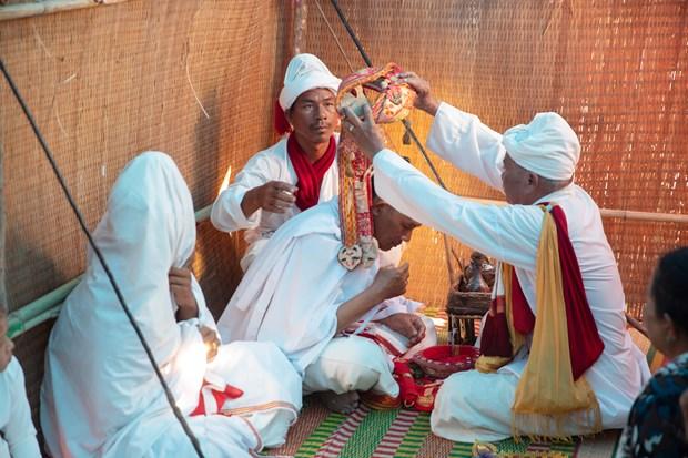 越南占族婆罗门教修行仪式 hinh anh 4
