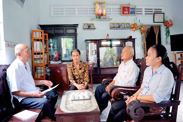 南部地区高棉族村庄的教师 hinh anh 3