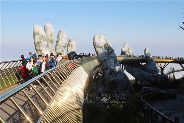 岘港市部分旅游景点免费开放 推出许多价格优惠的旅游线路 hinh anh 1