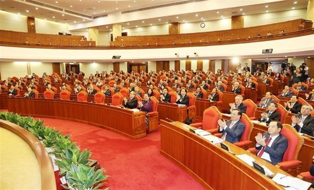 迎接党的十三大:越共十二届中央委员会第十三次全体会议第二天新闻公报 hinh anh 1