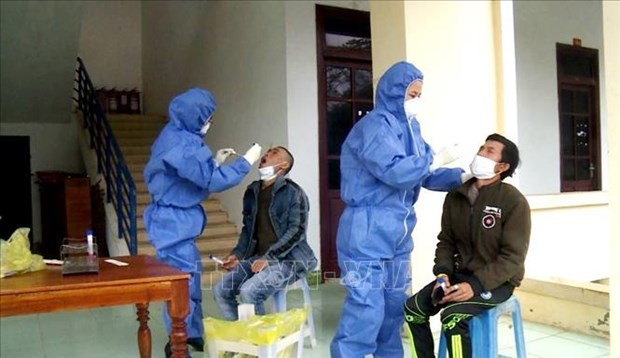 同第1451例和第1453例非法入境越南的女子检测结果呈阴性 边境地区各省加强入境管理 严防疫情输入 hinh anh 1