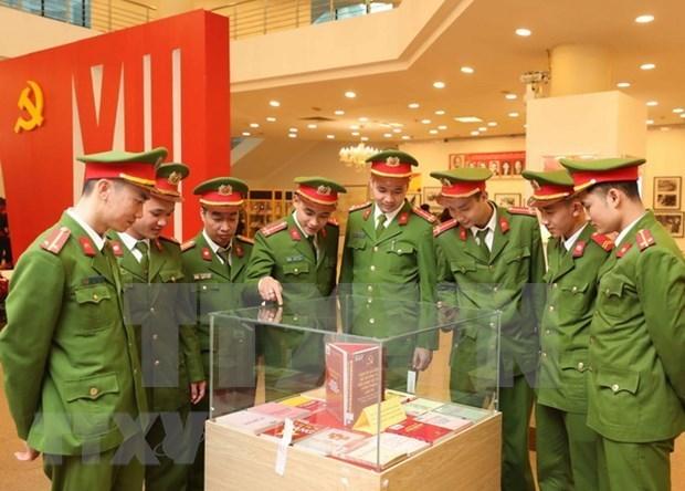阮春福总理:人民公安情报力量坚定不移坚持党的的绝对领导 hinh anh 2