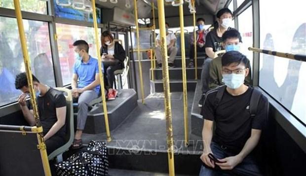 河内市实施交通工具座椅间隔规定自3月8日起结束 hinh anh 1