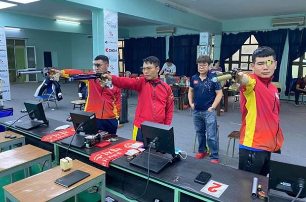 越南射击队启程赴印度参加射击世界杯 hinh anh 1
