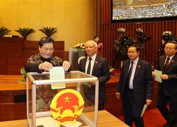 第十四届越南国会第十一次会议新闻公报(第六号) hinh anh 1